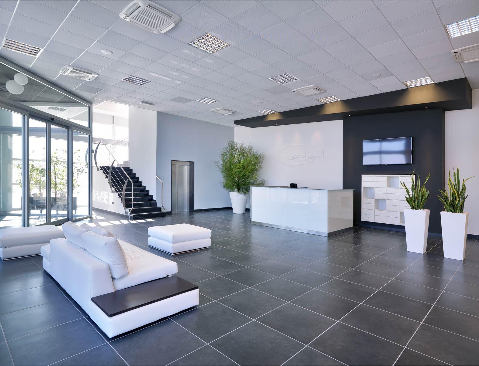 Progettazione interni per forl cesena rimini bologna for Ufficio architetto design